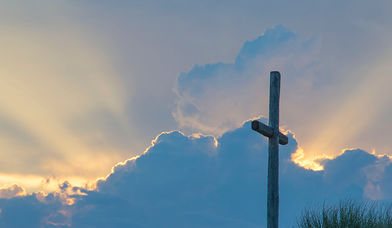 Himmel Kreuz - Copyright: unsplash-david-dibert