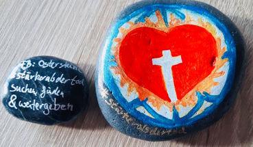 Ostersteine: Zeichen der Hoffnung
