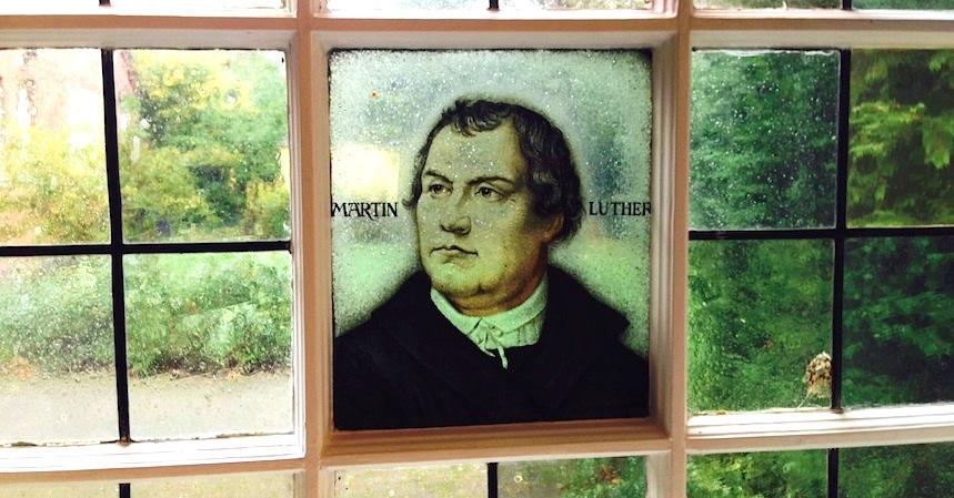Dusche Fenster Im Weg : Durchblick mit Luther: Ein Fenster im Gemeindehaus der Kirche Gro?
